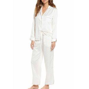 Matching pajamas, Rachel Parcell!